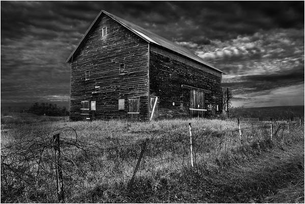 Slingerlands NY Krumkill Road November 2015 Barn 1 BW