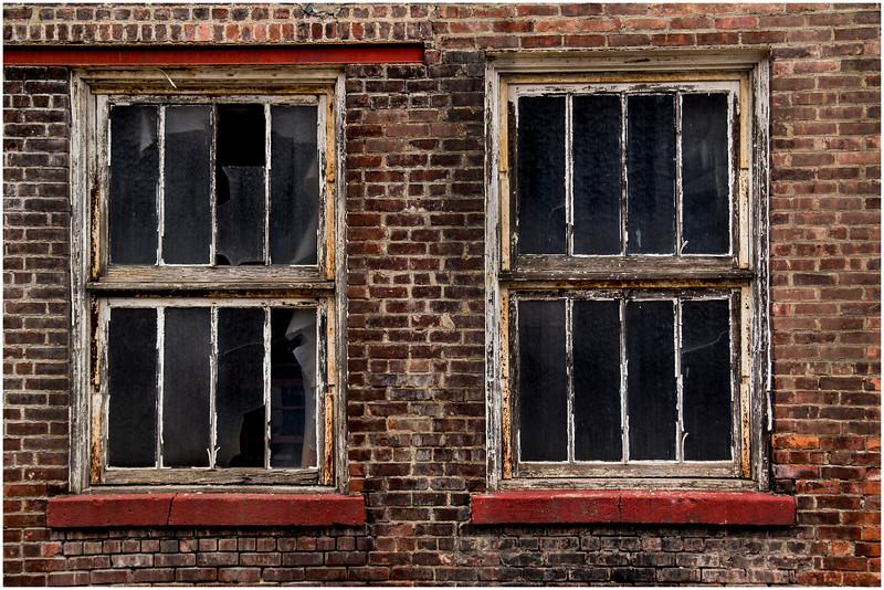 Cohoes Harmony Mills January 2015 Two Windows