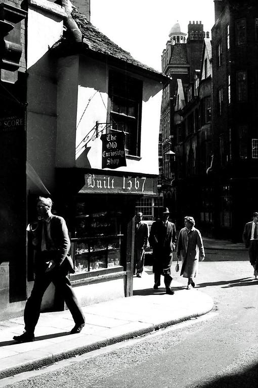 1960 street scene
