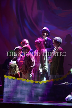 Studio Series Willy Wonka JR 2017 Opening Cast