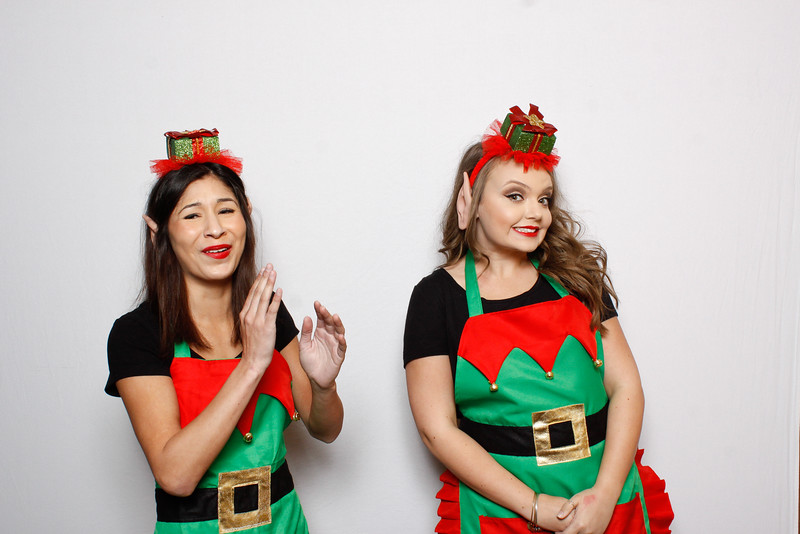 Redding_Endoscopy_HolidayParty2015-1