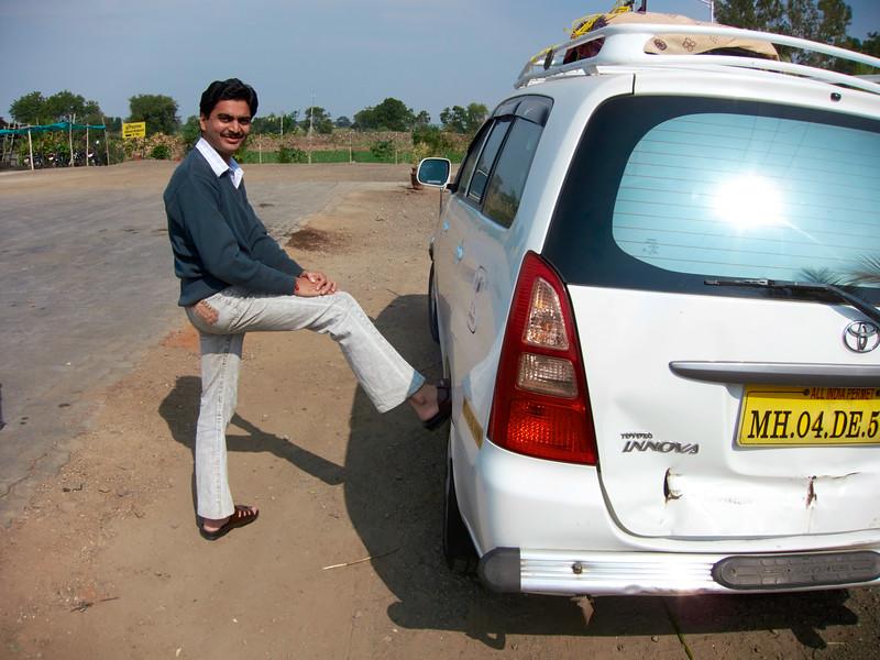 AmazingIndia_2010-12-31_01-59-36_Canon PowerShot S90_IMG_1371_©StudioXEPHON2010_C1P