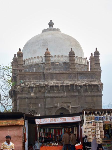 AmazingIndia_2010-12-31_06-22-44_Canon PowerShot S90_IMG_1387_©StudioXEPHON2010_C1P