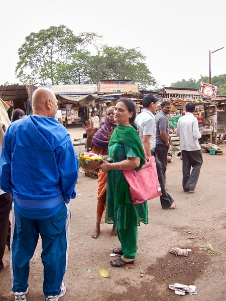AmazingIndia_2010-12-31_05-46-06_Canon PowerShot S90_IMG_1383_©StudioXEPHON2010_C1P
