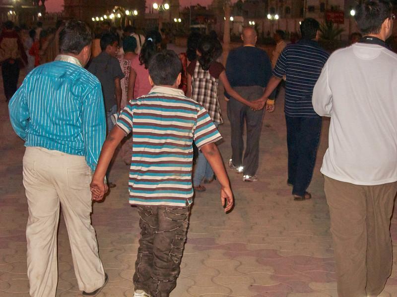 AmazingIndia_2010-12-25_09-02-15_Canon PowerShot S90_IMG_1304_©StudioXEPHON2010_C1P