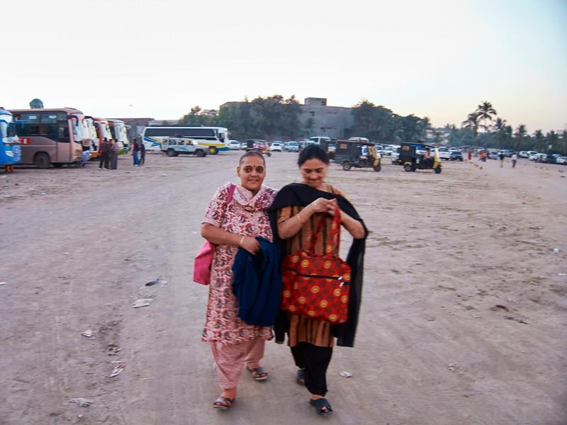 AmazingIndia_2010-12-25_08-45-52_Canon PowerShot S90_IMG_1297_©StudioXEPHON2010_C1P