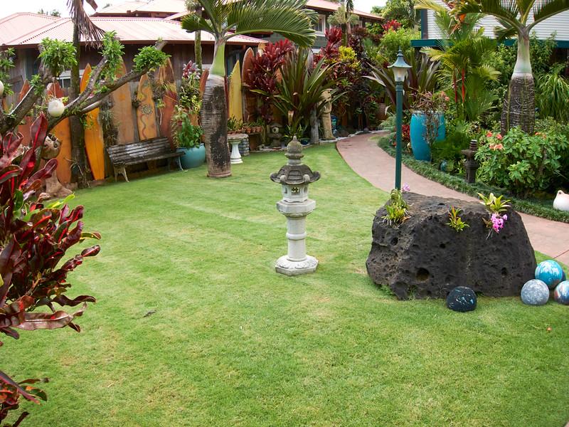 Kauai_2011-07-08_10-22-54_Canon PowerShot S90_IMG_2220_©StudioXEPHON2011_C1P