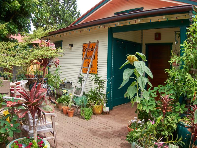 Kauai_2011-07-08_10-25-10_Canon PowerShot S90_IMG_2231_©StudioXEPHON2011_C1P