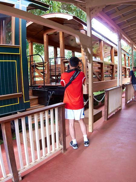 Kauai_2011-07-06_12-54-41_Canon PowerShot S90_IMG_2139_©StudioXEPHON2011_C1P