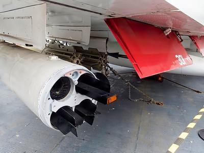 USSMidway_2016_07_03_13-19-06_TG-4            __P7030390_©2016_StudioXEPHON