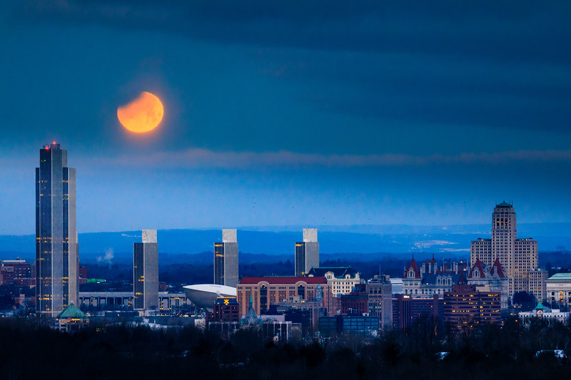 Lunar Eclipse over Albany, NY 1/31/2018