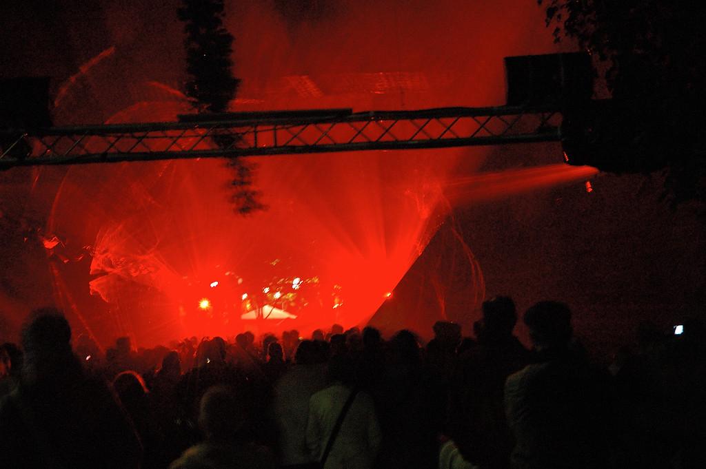 coulŽe verte (en rouge ;-)<br /> <br /> nuit blanche 2005
