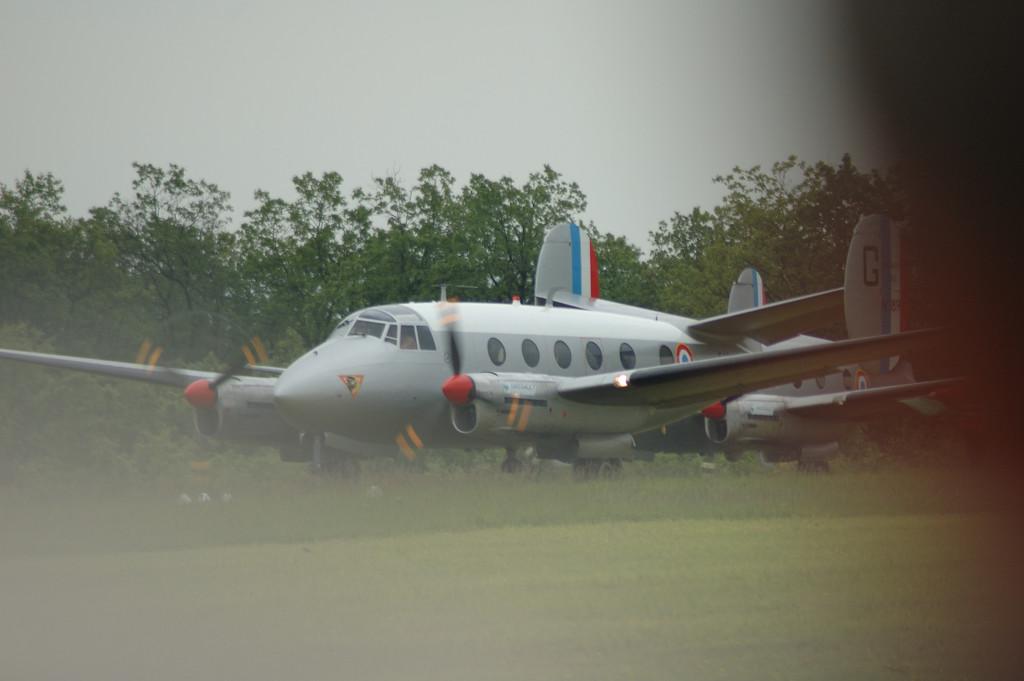 Un des premiers avions (le premier ?) produits par Marcel Bloch (Dassault) aps la guerre. il lui a permis de relancer son entreprise. <br /> <br /> la fertŽ alais 2005