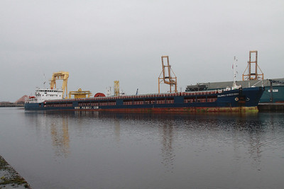 Palmali Discovery 140m long! Deadweight tonnage 6933t - cargo plus fuel.   18th January 2014