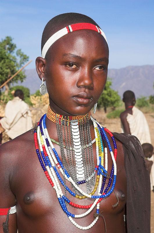 Tsmai girl, Omo Valley