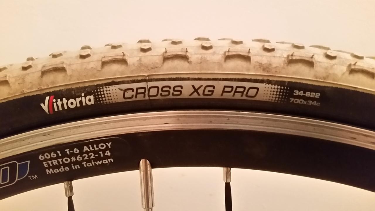 CX tires - Vittoria Cross XG Pro 700x34_d