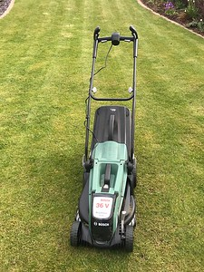 Halved the grass cutting time with a cordless mower. Wish I had done this sooner! Glad to see it's Brushless - none of that Sulzer junk here!