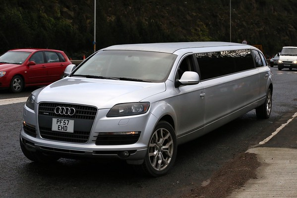 allegedly the only Q7 limo in this colour, with another in black in Londoninium making a UK fleet of two.