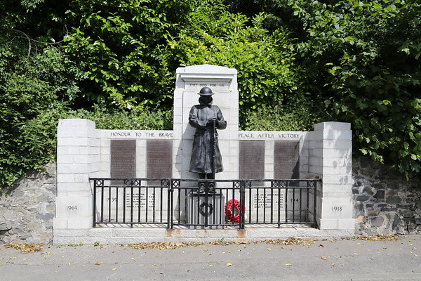 Walkerburn War Memorial