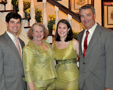 Dave Dennis and family (Padrick, Jane, and Kate)