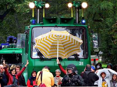 GEGEN Stuttgart 21: Oben bleiben!