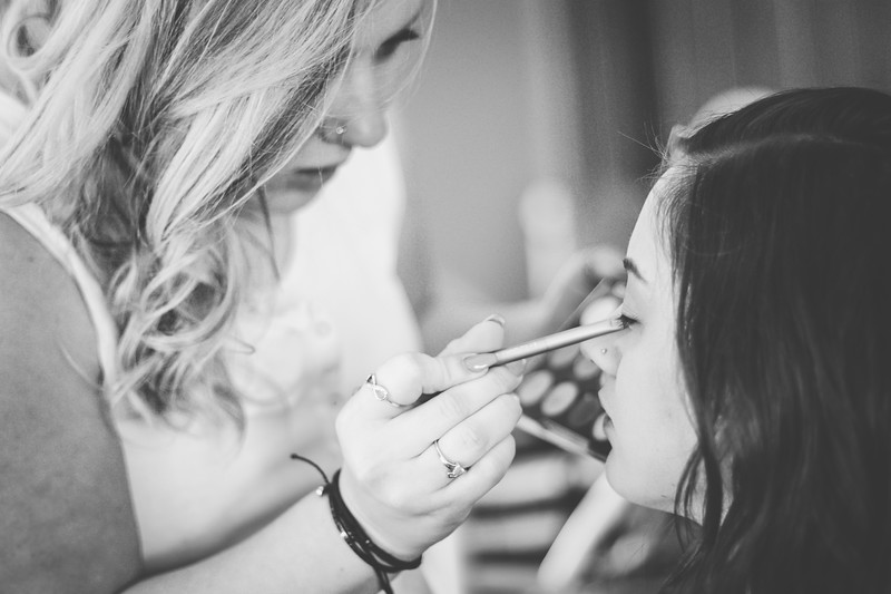 Summit Bridal 01bw | Nicole Marie Photography