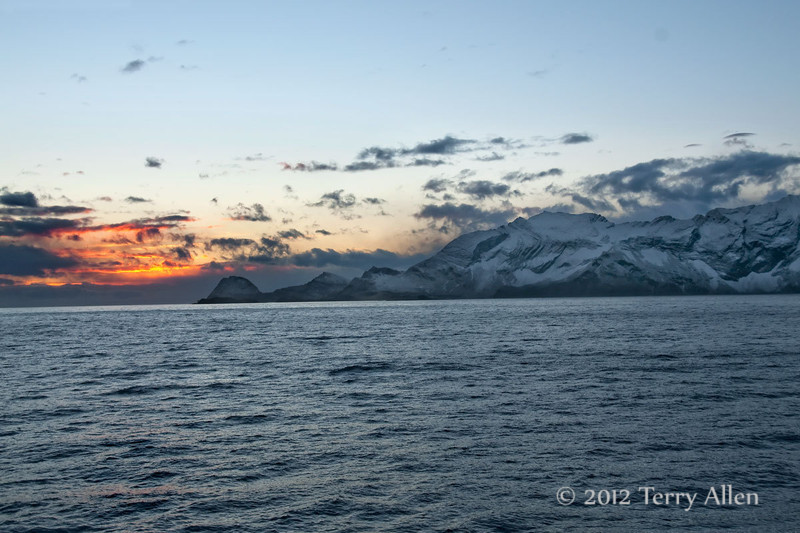 Sunrise,-South-Georgia-Island