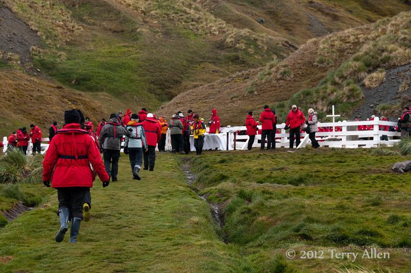 Shakleton-grave-1,-Grytviken,-South-Georgia-Island