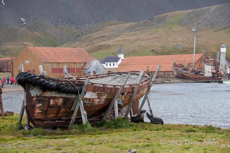Old-whaling-boat,-Grytviken,-South-Georgia-Island
