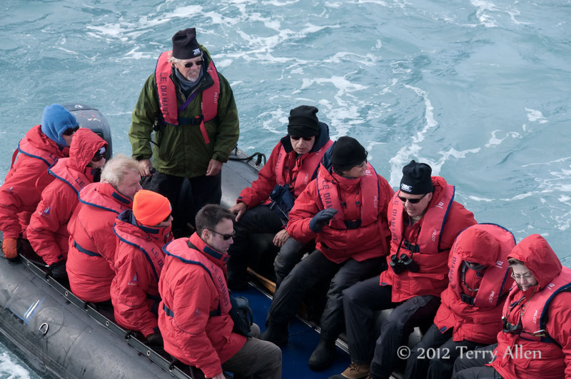 Zodiac-3,-Elephant-Island,-South-Shetland-Islands