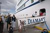 Le-Diamant,-boarding-in-Ushuaia