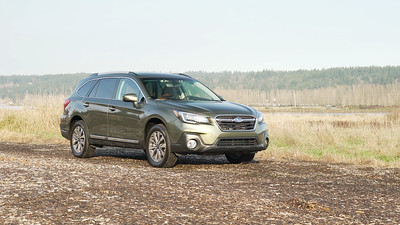 2018 Subaru Outback Touring Parked Reel