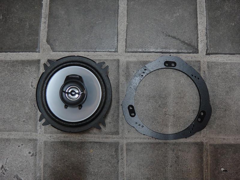"Left: Aftermarket speaker <br> Right: Speaker adapter from  <a href=""http://www.car-speaker-adapters.com/items.php?id=SAK040""> Car-Speaker-Adapters.com</a>"