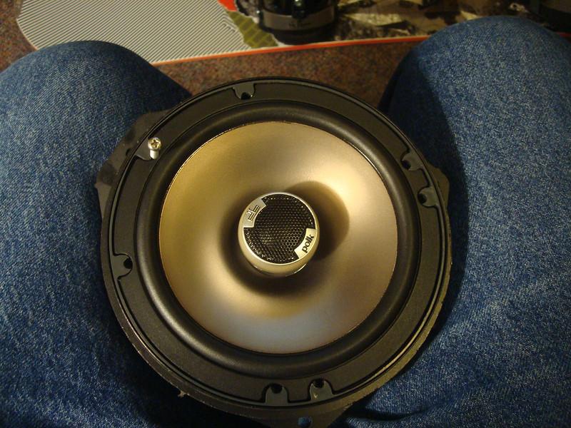 "Aftermarket speaker mounted to speaker adapter from  <a href=""http://www.car-speaker-adapters.com/items.php?id=SAK065""> Car-Speaker-Adapters.com</a>"