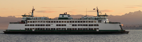 View of MV Chelan sailing at dusk - usa - washington - seattle