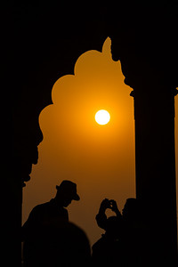 Man taking photographs at sunset - Red Fort - Asia - India - Delhi