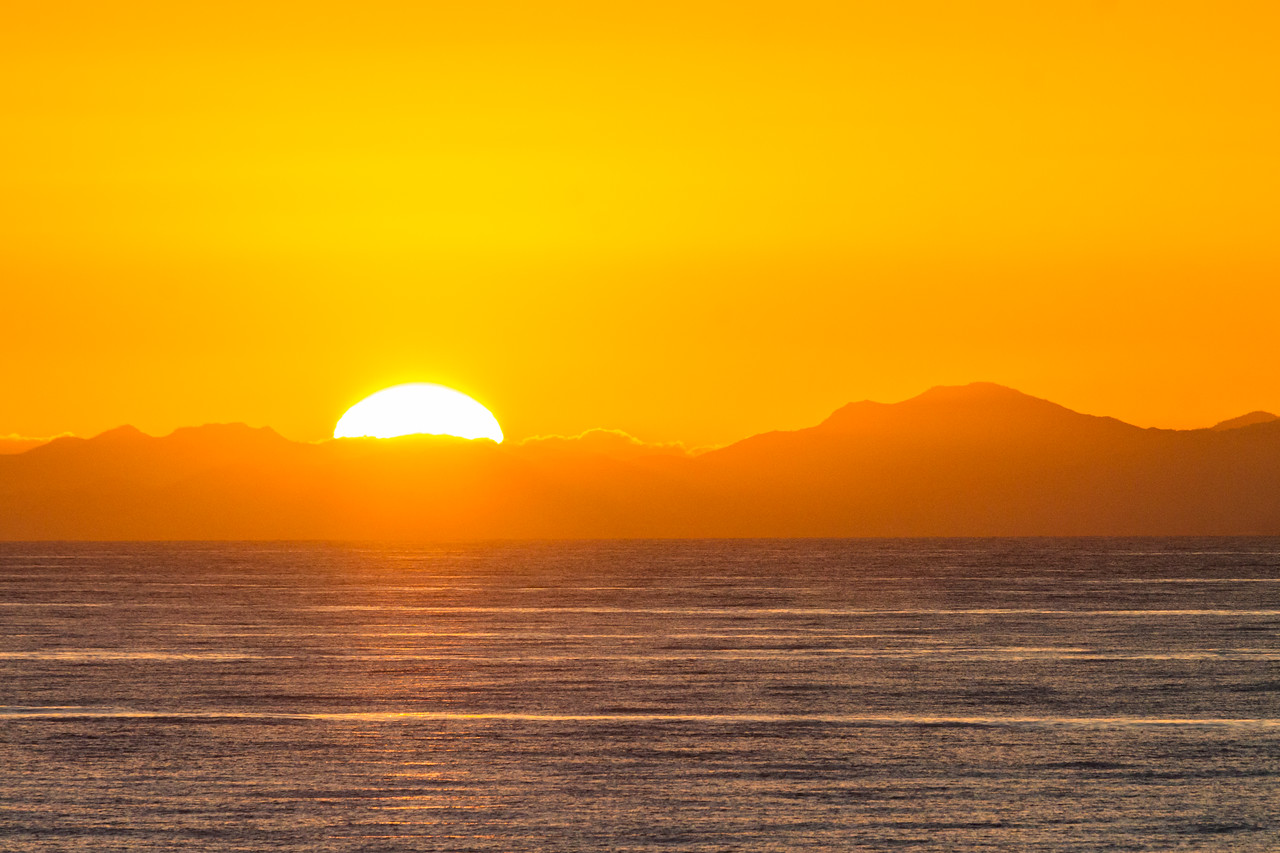 Sunrise view over mountains and sea - Mexico