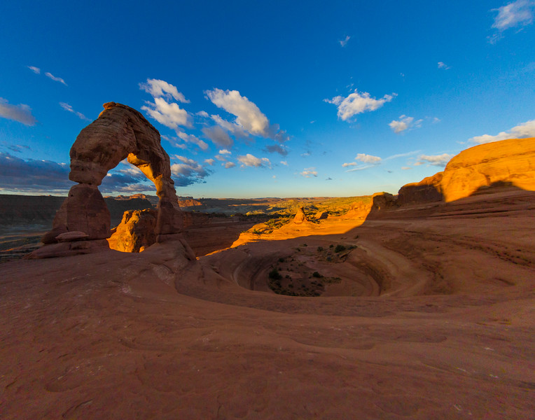 Deserted Delicate Arch At Sunrise, Arches National Park, Utah, USA