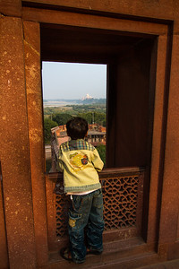 Boy looking at Taj Mahal - Agra - Uttar Pradesh - Asia - India