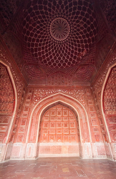 Designs Inside the Jawab At The Taj Mahal, Agra, India, Asia