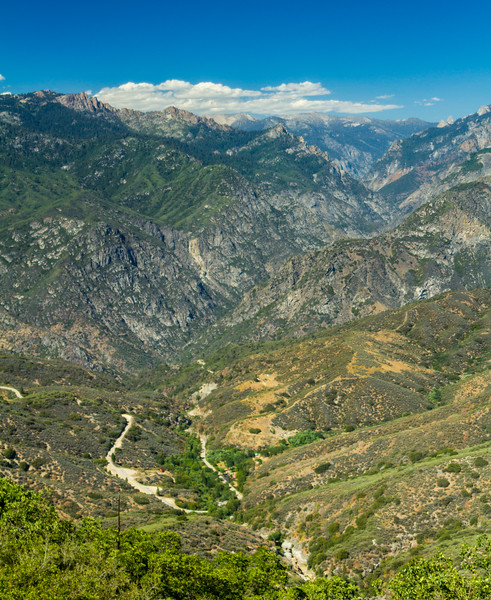 View of Sequoia and Kings Canyon National Parks - USA - California