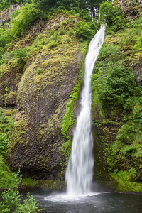 Long exposure of waterfall - USA - Oregon