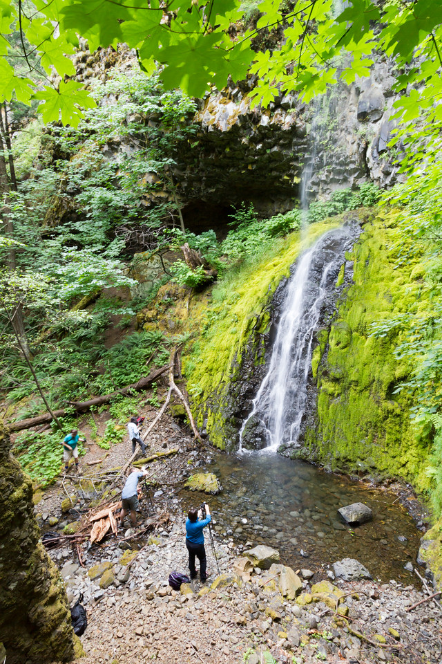 People standing at waterfall - USA - Oregon