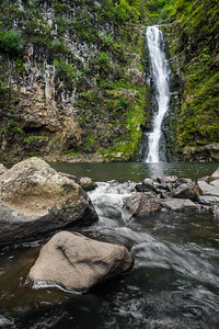 Mooula Falls, located at the end of the Halawa Valley on Molokai, Hawaii, USA