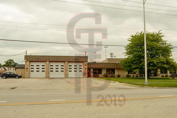 7600 Archer Road, Justice, Illinois