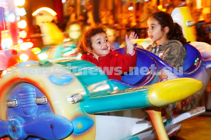 26-9-18. Chabad Youth's annual Succot celebration at Melbourne's Luna Park. Photo: Peter Haskin