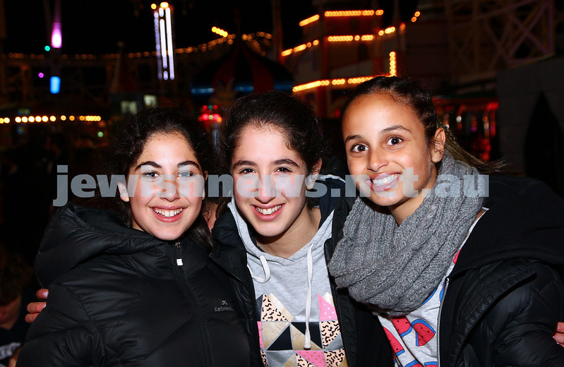 30-9-15. Chabad Youth annual Succot at Luna Park. From left: Romi Berman, Laya Parasol, Rani Pinkus. Photo: Peter Haskin
