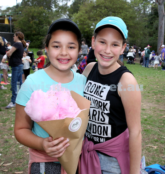 Succot at Taronga Zoo. Alyssa Simmons (left), Kayla Taitz. Pic Noel Kessel