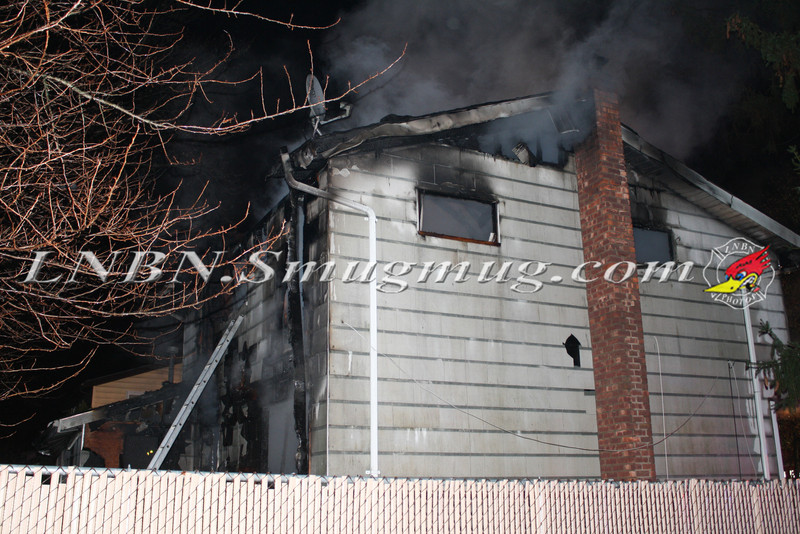 Brentwood F D  Working House Fire 355 Whipple St  11-22-11-78