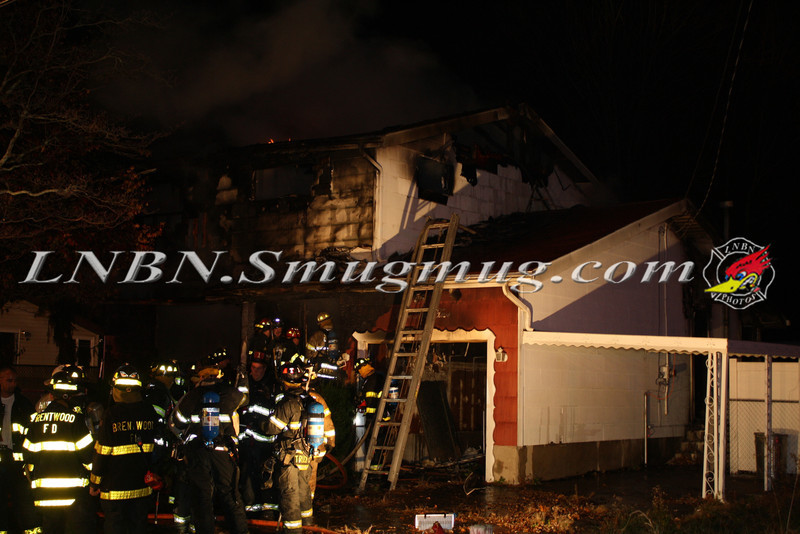 Brentwood F D  Working House Fire 355 Whipple St  11-22-11-73